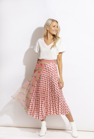 Top + KCS20135 | Skirt + KCS20154
