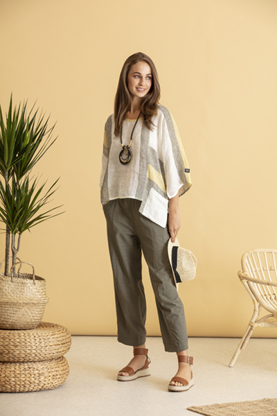 Top + NAS20139 | Trousers + NAS20140