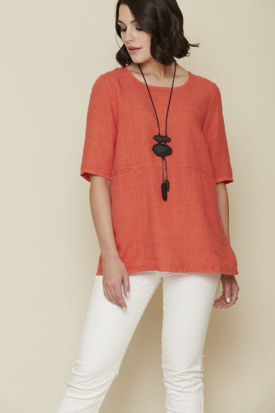 Top + S20155 | Jeans + S20116